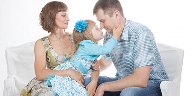 Семейная фотосессия у профессионального фотографа - выбираем правильно