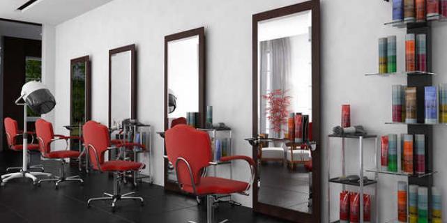 Как правильно выбрать зеркало для парикмахерской?