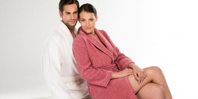 Трикотажный халат для женщин: как подобрать качественную ткань