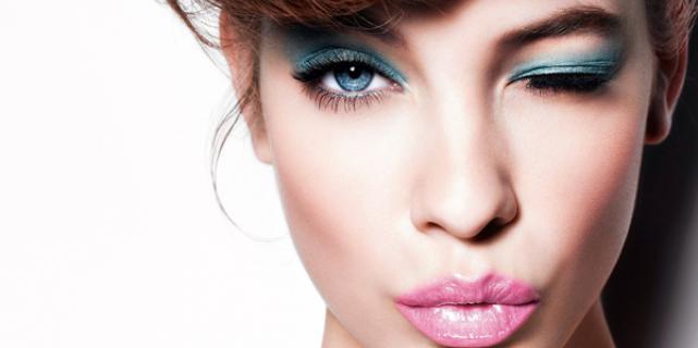 Эпатажный макияж а-ля Playgirl