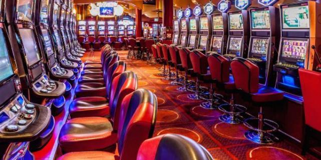 Как и где онлайн играть на деньги