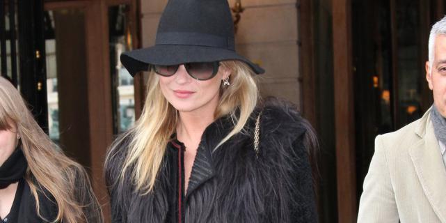 Кейт Мосс присудили звание «Шляпная персона года»