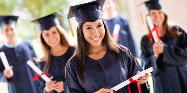 Что нужно знать о покупке диплома о высшем образовании?