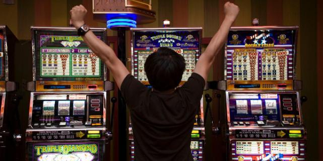 Игровые автоматы в онлайн казино Вулкан 24