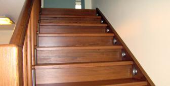 Что нужно учитывать, выбирая лестницу для дома